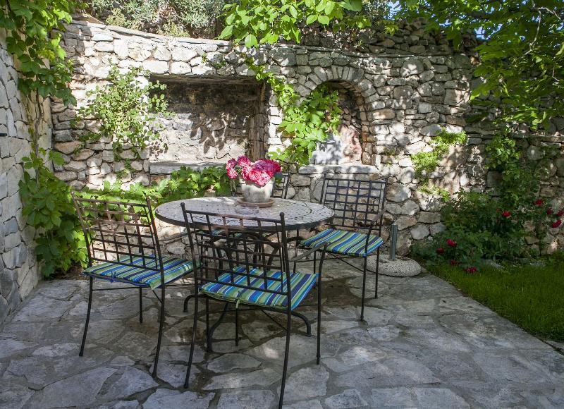 H(4): courtyard - 4575 H(4) - Bol - Bol - rentals