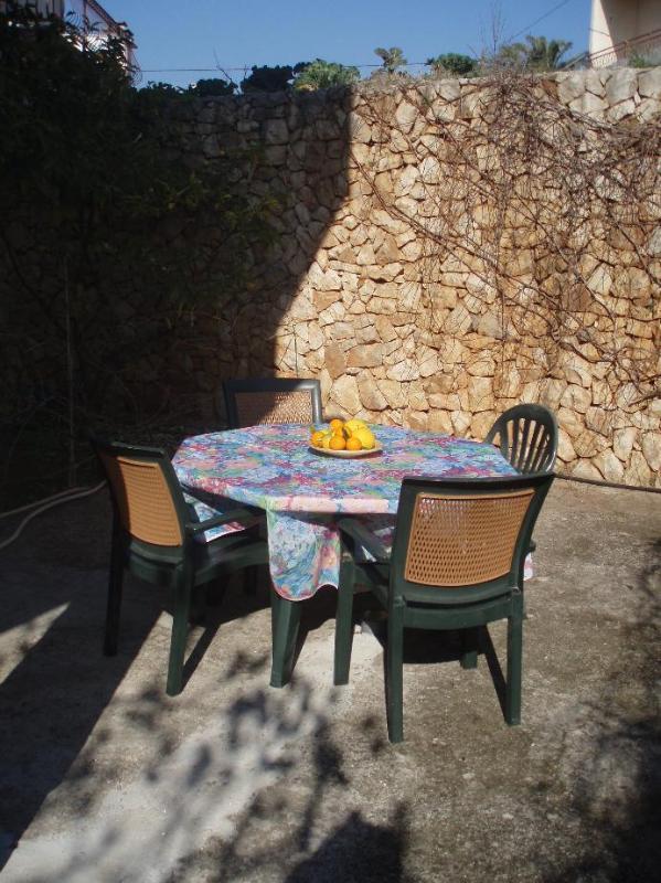 A2(2+1): terrace - 5121  A2(2+1) - Okrug Gornji - Okrug Gornji - rentals
