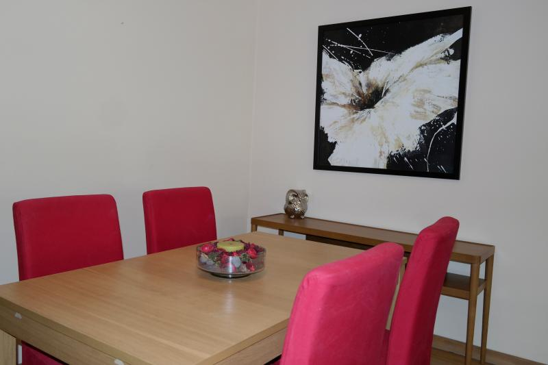 Dining room - City Centre Funchal Quiet Location Free WIFI - Funchal - rentals