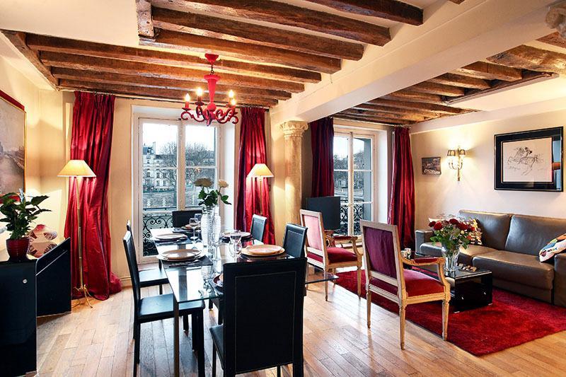 View on the Seine, 3BR, 8 guestQuai de Bourbon #93 - Image 1 - Paris - rentals