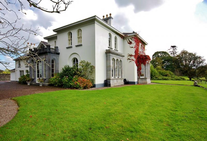 Main entrance at Coolclogher House Killarney - Luxury Manor In Private/Estate/Golf/Walking/Riding - Killarney - rentals