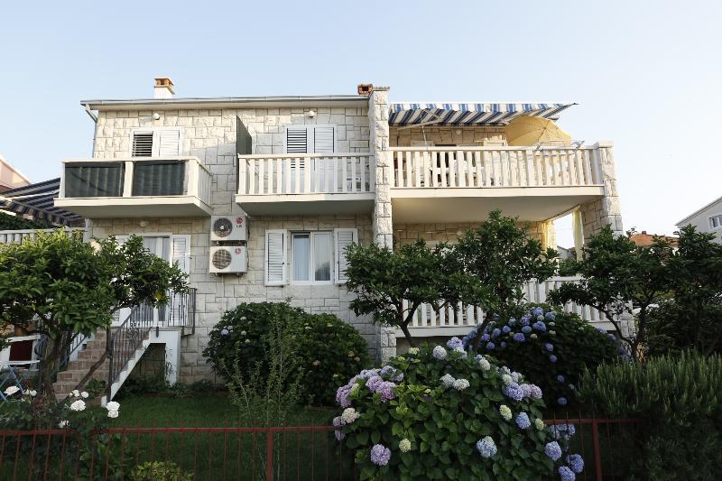 house - 03801SUPE A2(2+1) - Supetar - Supetar - rentals
