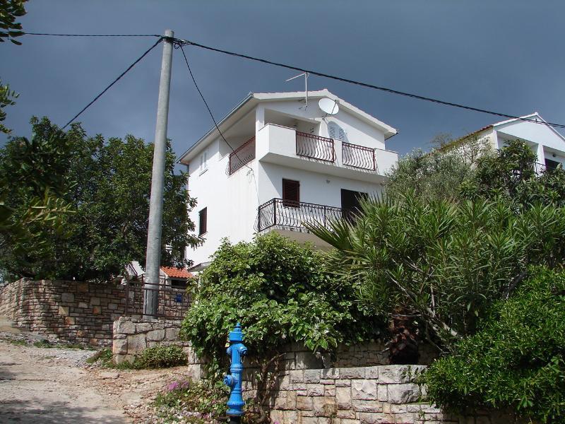 house - 01402NECU  A1-donji (4+2) - Necujam - Necujam - rentals