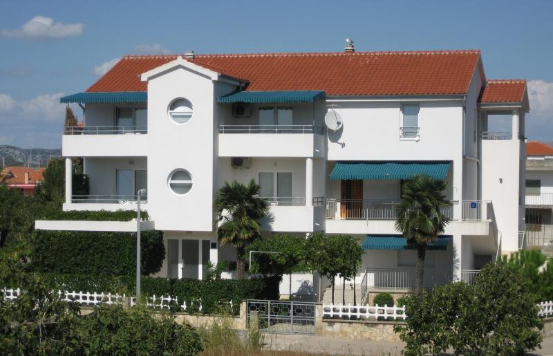 house - 2530  A2(2+2) - Betina - Betina - rentals