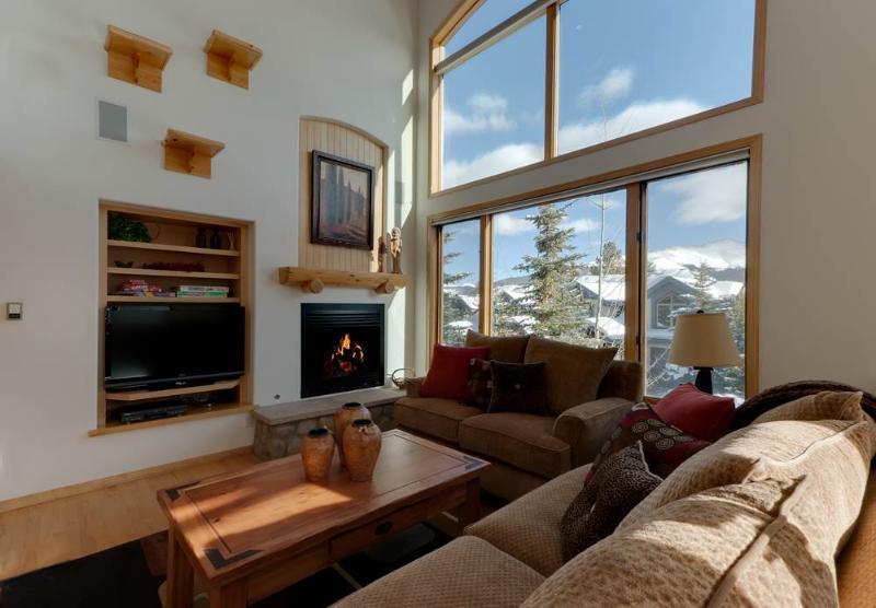 Pines 120 4 Bedroom Plus loft - Image 1 - Breckenridge - rentals