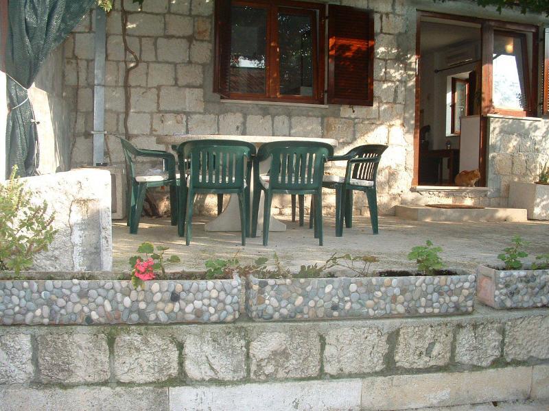 A1(4+2): garden terrace - 01107VINI A1(4+2) - Vinisce - Vinisce - rentals