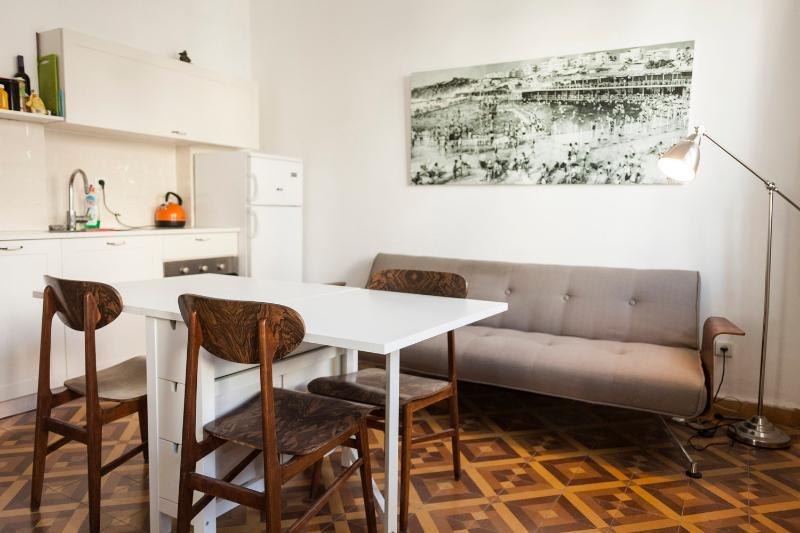 hayarden 14 - 2 bedroom with balcony - Image 1 - Tel Aviv - rentals