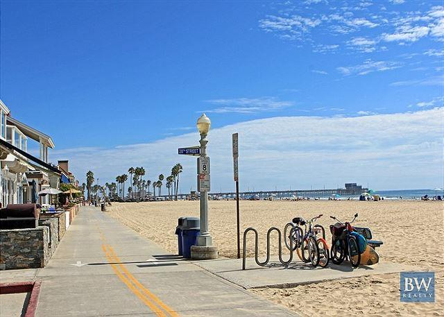 Great Upper Unit of a Duplex! Close to the Beach & Newport Pier! (68214) - Image 1 - Newport Beach - rentals