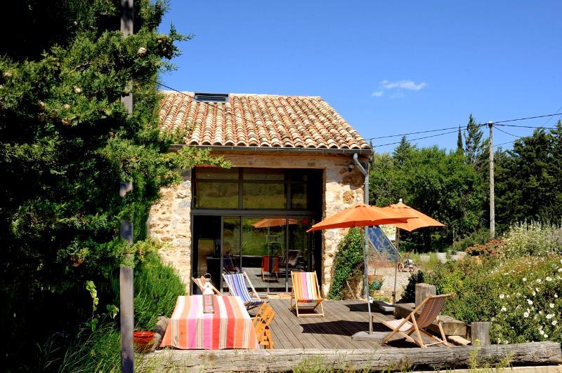 Enjoy breakfast on the terrace :-) - La Rassada, nr Languedoc beaches, south France - Languedoc-Roussillon - rentals