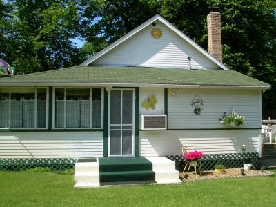 Cabin On the Commons - Hollywood Lane - Cabin On the Commons - Lake Melissa - Detroit Lakes - rentals