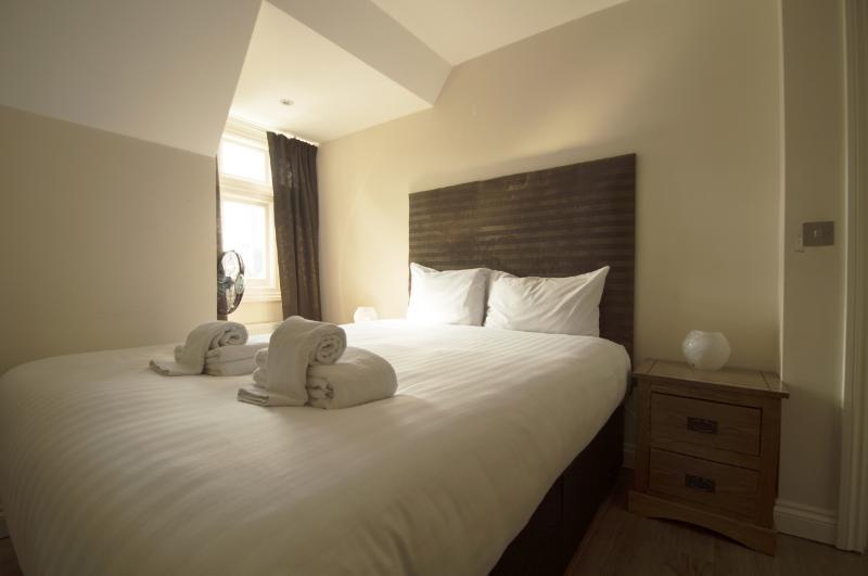 Fairfield Apartments - 1 Bedroom 2nd Floor Flat - Image 1 - London - rentals