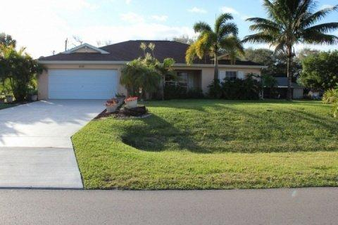 Front of home - South West Cape Coral Home - Cape Coral - rentals