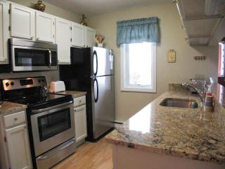 Ocean Edge Townhouse with A/C & Pool (fees apply) - HO0030 - Brewster vacation rentals