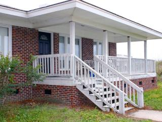 Carroll Front 3 Bedroom Myrtle Beach Vacation Home - Myrtle Beach vacation rentals