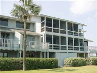Inlet Point 4B - Oceanfront - Image 1 - Pawleys Island - rentals