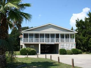 Strandhaus - Pet Friendly - Pawleys Island vacation rentals