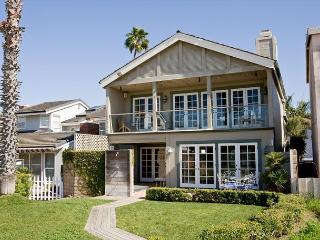 Lovely Oceanfront Single Family Home! Come & Enjoy the Views! (68280) - Newport Beach vacation rentals