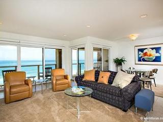 2 Bedroom, 2 Bathroom Vacation Rental in Solana Beach - (SUR63) - Rancho Santa Fe vacation rentals