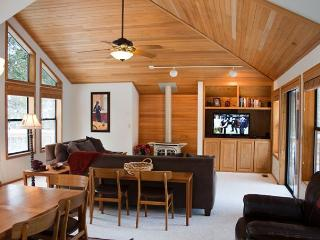 Inviting Sunriver Home with Hot Tub Near Bike Paths - Sunriver vacation rentals