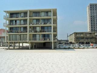 Gulf Village 114 ~ Great Beach Condo with Side View - Gulf Shores vacation rentals