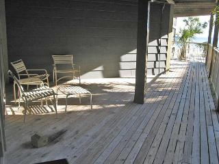 Sandpiper 4A ~ Comfy Condo with Side View of the Beach - Gulf Shores vacation rentals