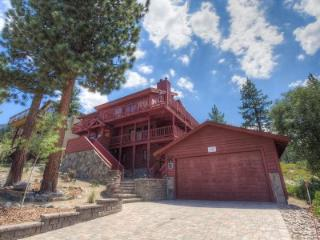 2700 sq ft, 3-story romantic executive home - HCH1649 - South Tahoe vacation rentals