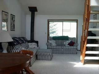 Cozy condo with sports club amenities. - McCall vacation rentals