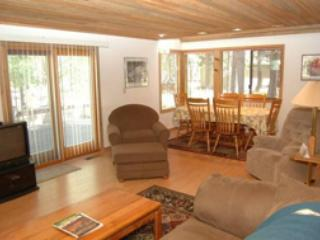Golf Home 018 - Image 1 - Black Butte Ranch - rentals