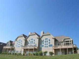 Overlook Mountain Villa 6B - Image 1 - McHenry - rentals
