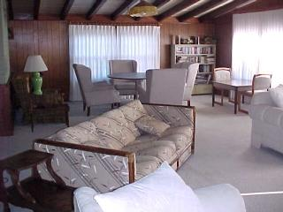 Living Room - Morganwood - Caswell Beach - rentals