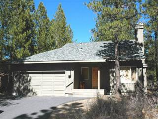 Inviting Sunriver Home with Natural Landscaping and A/C Near Shopping - Sunriver vacation rentals
