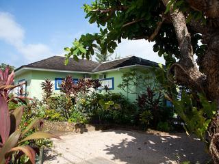 Idle Hours - Runaway Bay vacation rentals