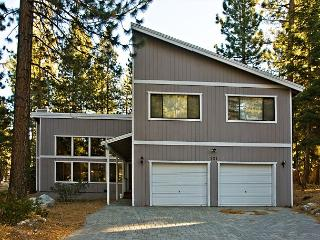 Great family vacation home on the Nevada side of Stateline! - South Lake Tahoe vacation rentals