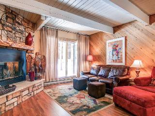 Sundowner W4 - Walk to Lifts/Walk to Town - Blue River vacation rentals