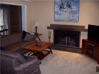 Conveniently Located Mill Run Townhomes 4 Bedroom Townhomes - MR12 - Breckenridge vacation rentals