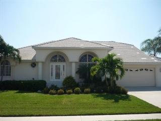 Front view - 284 N. Barfield Drive - Marco Island - rentals