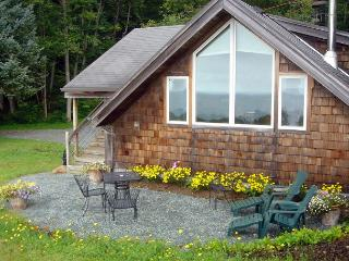 THE GETAWAY ~Come Enjoy a Romantic Getaway on Neah-Kah-Nie Mountain!!!!!!!!!! - Nehalem vacation rentals