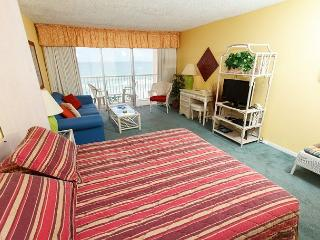 Condo #503:Well appointed gulf front condo- balcony, kitchen, pool, WiFi - Fort Walton Beach vacation rentals