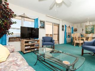 Condo #7009:Cozy beachfront condo-full kitchen,priv balcony,gulf view,BCH SVC - Fort Walton Beach vacation rentals