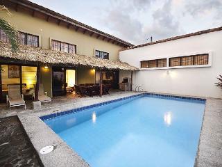 Spacious, modern home, large pool, 7 min walk to beach, WiFi, AC, sleeps 7-13 - Jaco vacation rentals