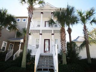 Pet Friendly in Gulfside Cottages, Across from Pool/Short Walk to Beach! - Miramar Beach vacation rentals