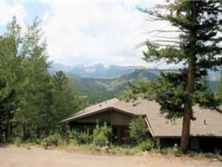 The MacMillan at Windcliff: Panoramic RMNP Views, 4 Bdrms, 1 Acre Lot, Wildlife - Estes Park vacation rentals