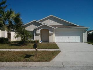 Hampton Lakes 4 bedroom home with 2 master suites! BLD160 - Davenport vacation rentals