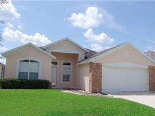 Lovely 4 bedroom home with private pool - close to Golf and Disney! EMD515 - Image 1 - Davenport - rentals