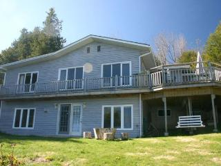 Bruce Gables cottage (#384) - Bruce Peninsula vacation rentals