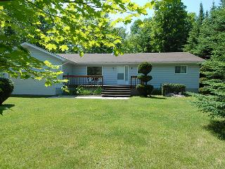 Rudy's Place cottage (#402) - Sauble Beach vacation rentals