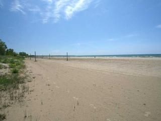 Sunset Beach House cottage (#490) - Wiarton vacation rentals