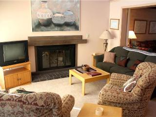 Conveniently Located Mill Run Townhomes 4 Bedroom Townhomes - MR5 - Breckenridge vacation rentals