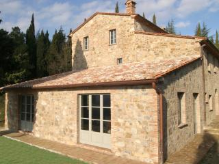 Charming Villa with Pool in Southern Tuscany - Casa Elenora - Sorano vacation rentals