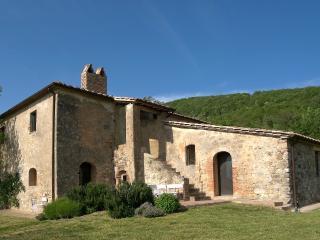 Wedding in Tuscany - Luxury Villa Near Siena, Orvieto, Perugia, Todi - Tenuta Abbazia - Casa I Picci - Sarteano vacation rentals
